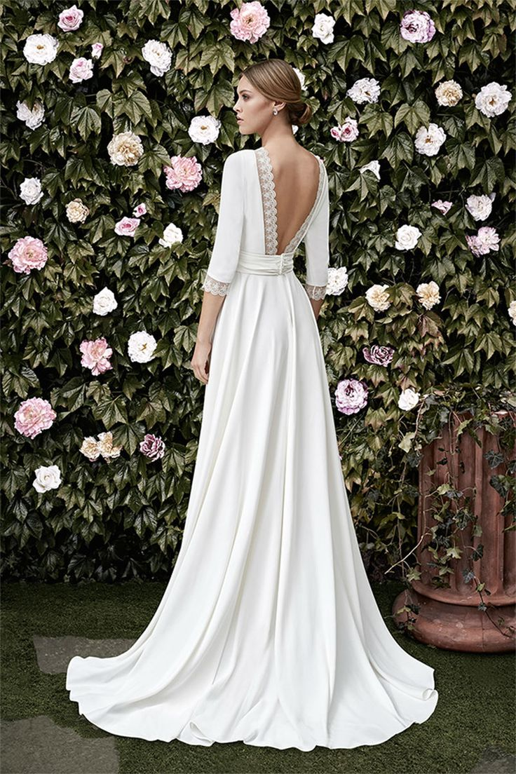 elegant bride simple elegant wedding dress Garden of Eden Wedding Dresses CRISTINA TAMBORERO SPRING BRIDAL www elegantwedding ca