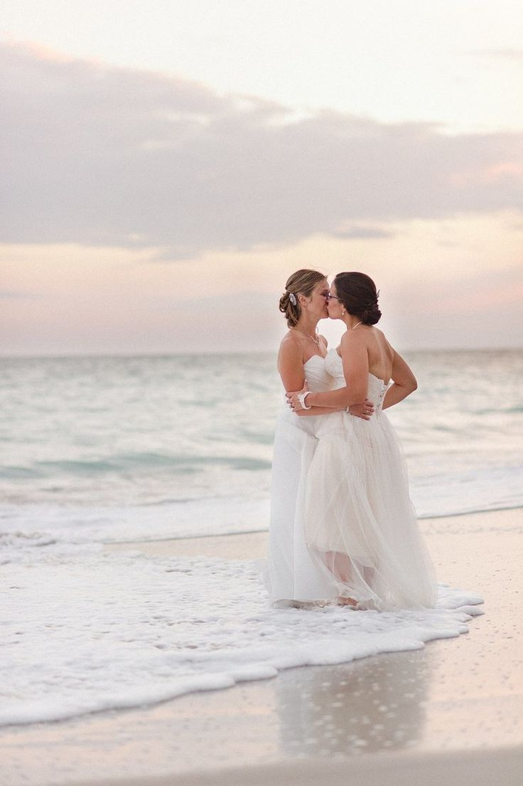 lesbian wedding rings lesbian wedding bands Lesbian wedding