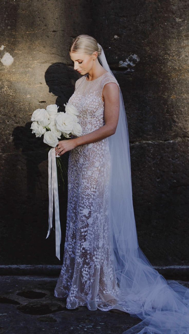 jane hill used wedding dresses Jane Hill Fleur Variation Used Wedding Dress on Sale 28 Off