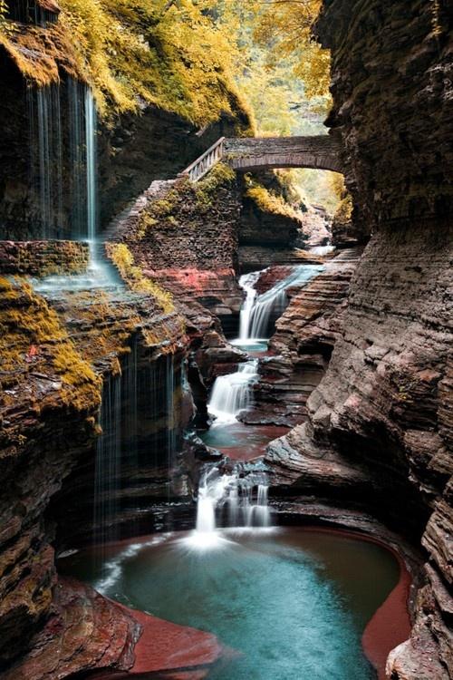 Watkins Glenn Gorge at Watkins Glenn Park in upstate New York.: