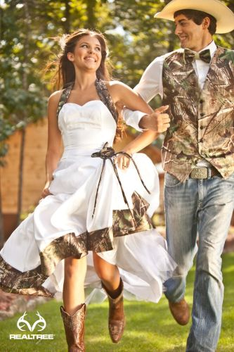 camo dresses realtree wedding dresses Realtree Camo Wedding Romance in the Country