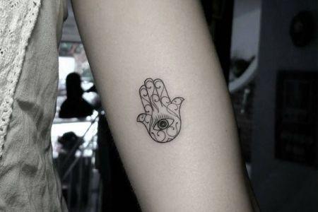 85f3c1776787485b3aabab90f19fc38a small hamsa tattoo tiny tattoo