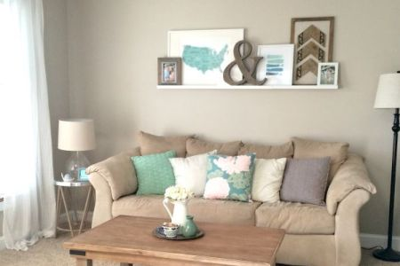 a9921a101b2c5d0700fef17162950c2c living room makeovers apartment decoration