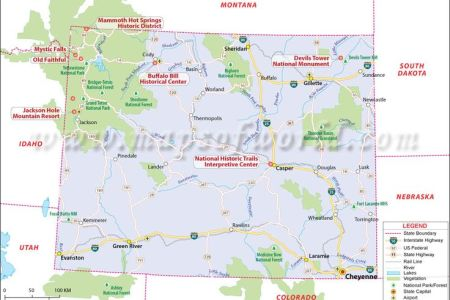 wyoming map showing the major travel attractions including