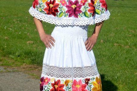 e6a4844cae0129e5c69bda6ff4703d56 mexican clothes traditional mexican fashion traditional