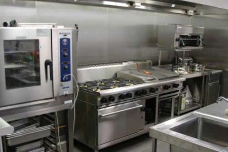 f3a79f0d399cc12ffd81118565550eaf bistro kitchen restaurant kitchen