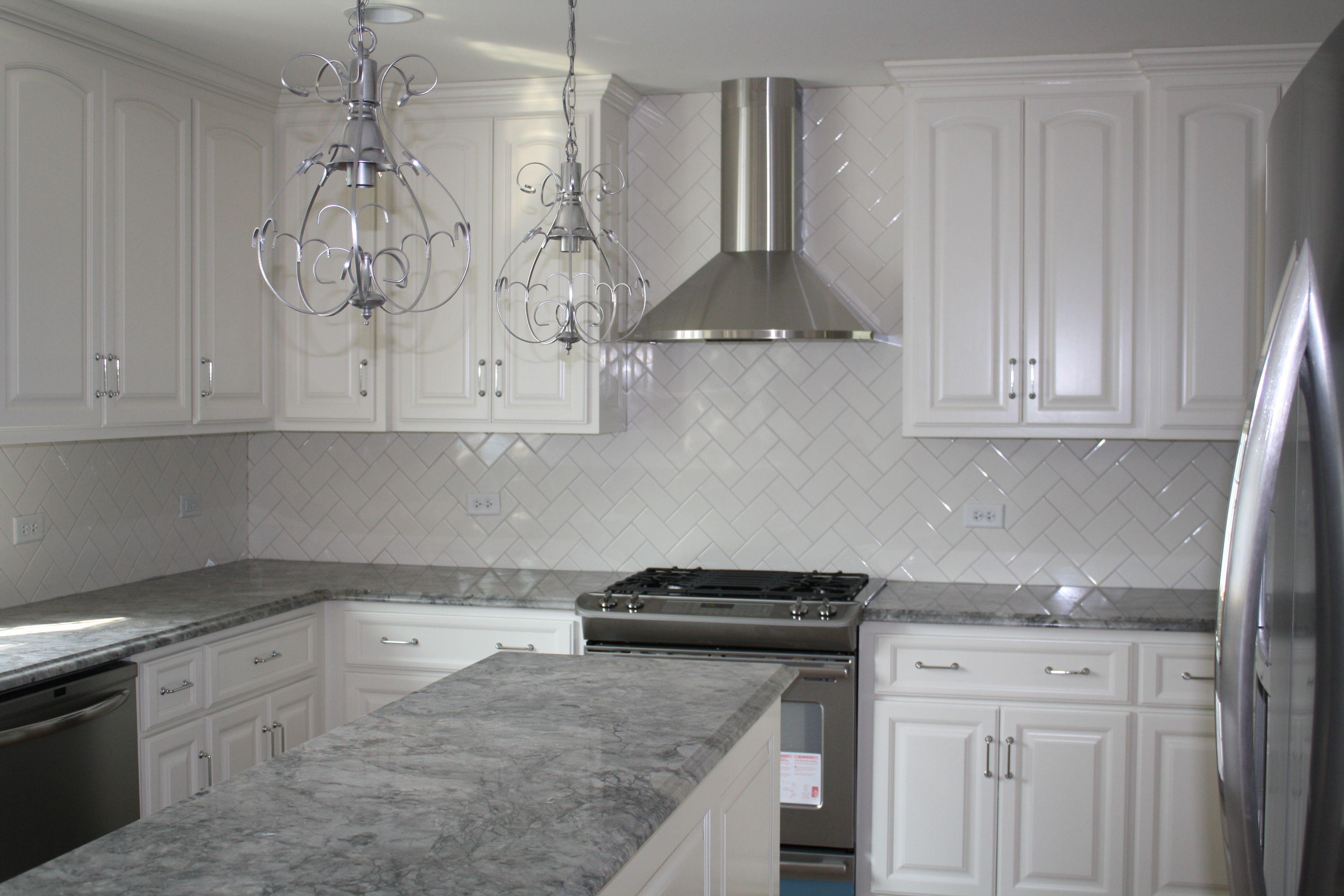 light grey granite countertop light gray kitchen cabinets light grey granite countertop 17 Best images about kitchen counters on Pinterest Countertops Slate backsplash and Cabinets