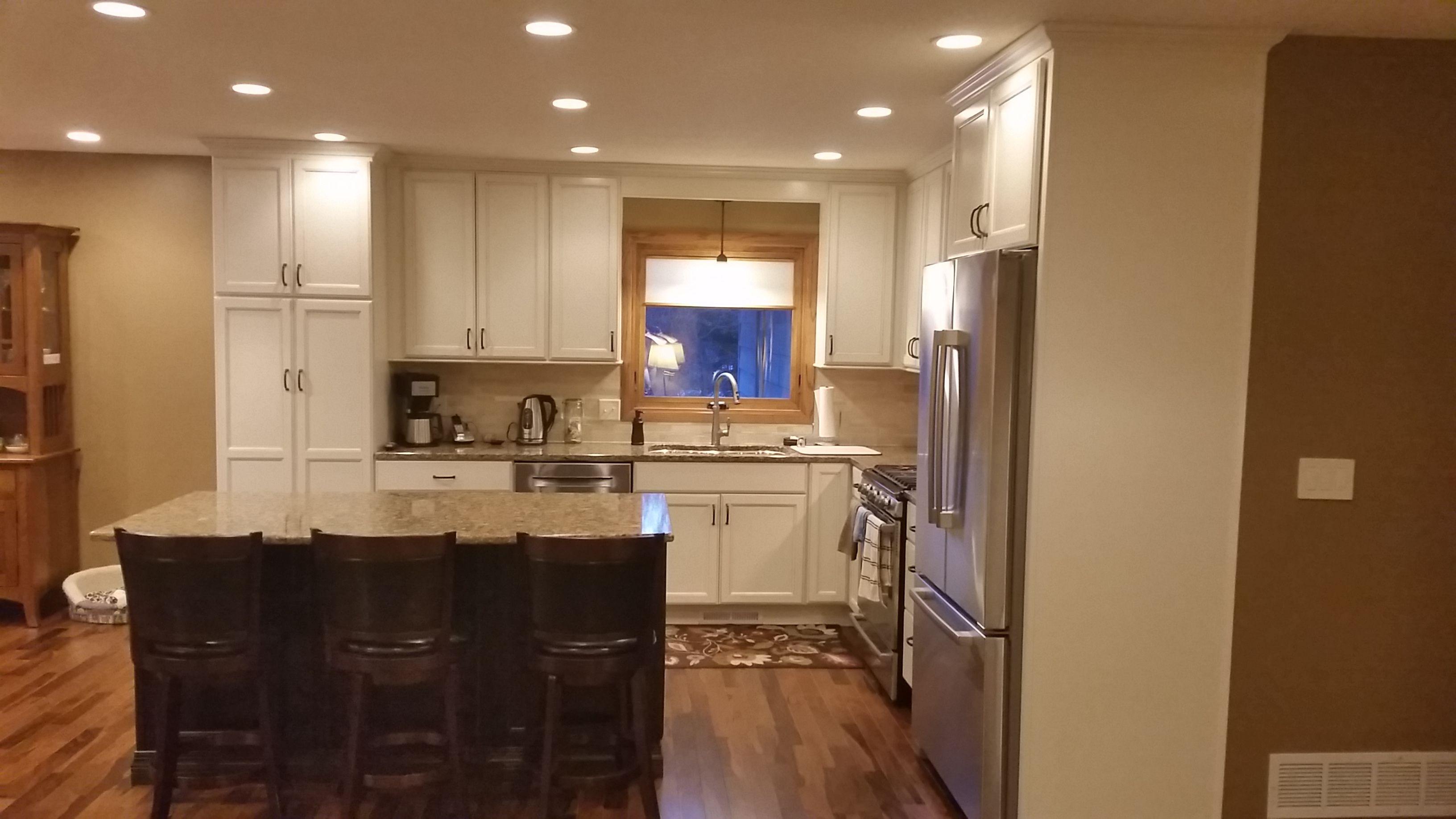 diamond kitchen cabinets Helander Kitchen Diamond Cabinets Maple Hanlon door toasted