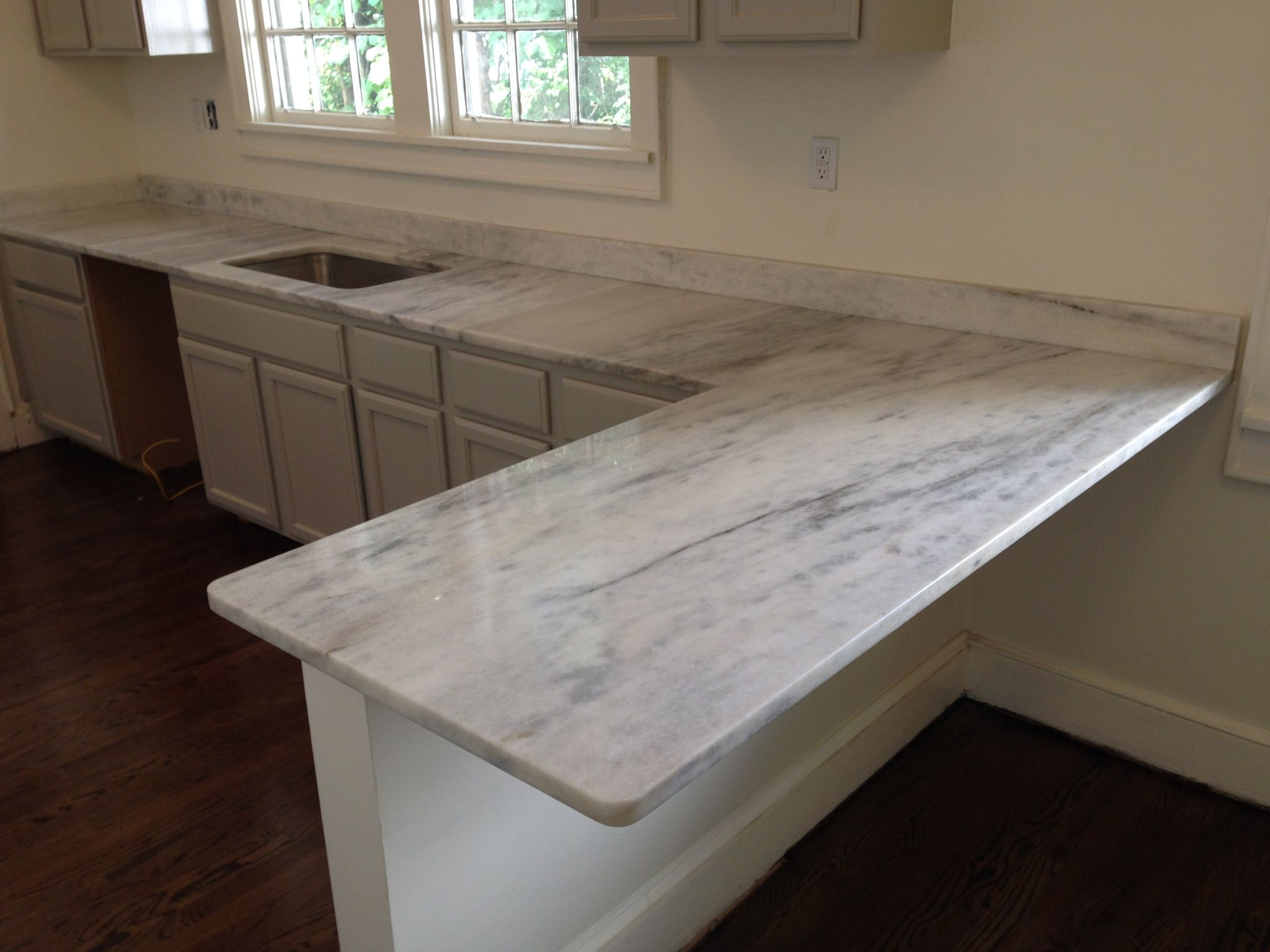 marble kitchen countertops Marble kitchen countertops Kitchen ideas Marble kitchen countertops White marble Similar to