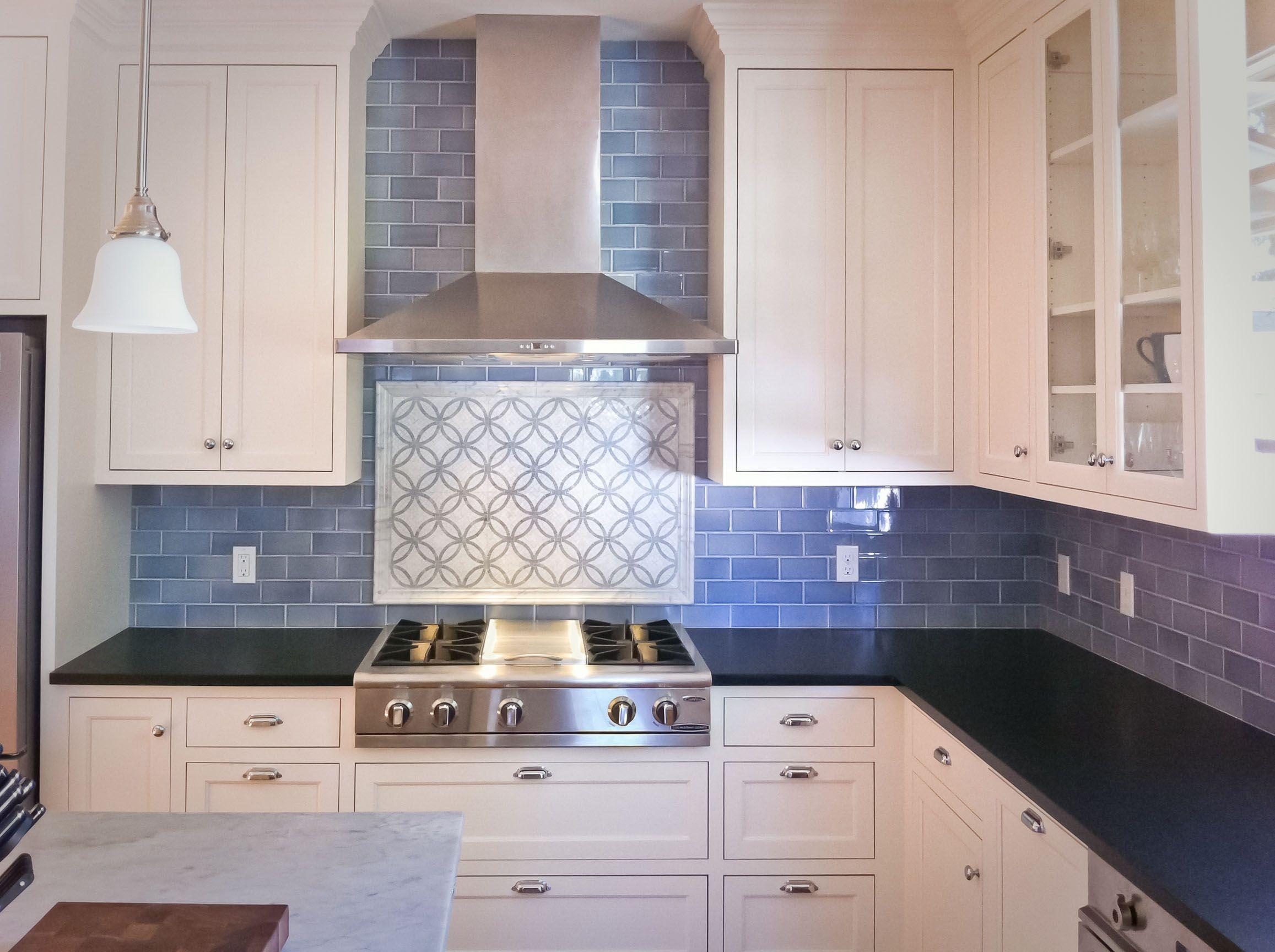 kitchen subway tile backsplash kitchen Wonderful Subway Tile Backsplash Kitchen Pictures With White Lacquered Wood Kitchen Cabinet Also Blue Tile Pattern Kitchen Backsplash And Black