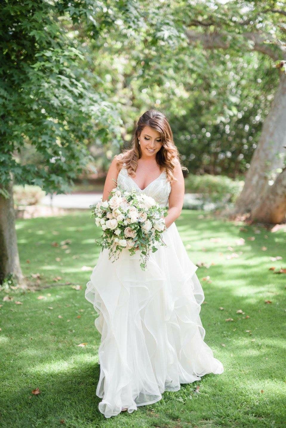 2nd hand wedding dresses Hayley Paige Luca Roxanne HP HP Second Hand Wedding Dress Still White Australia