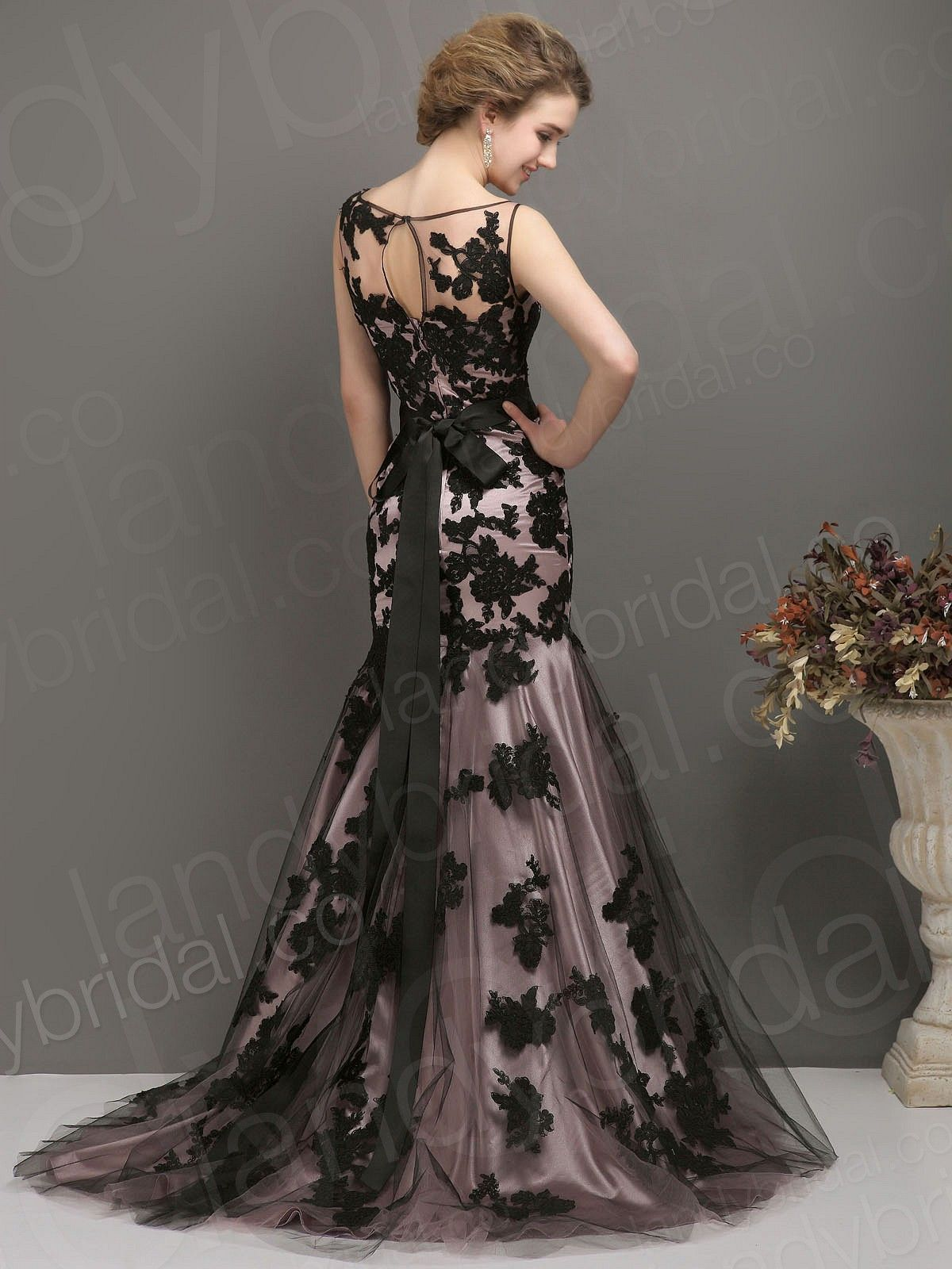 wedding dresses black Wedding Dress Trends Black Trumpet Mermaid Jewel Brush Train Pink Lace Zipper
