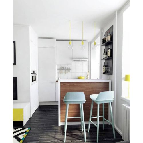 Medium Crop Of Studio Apartment With Kitchenette