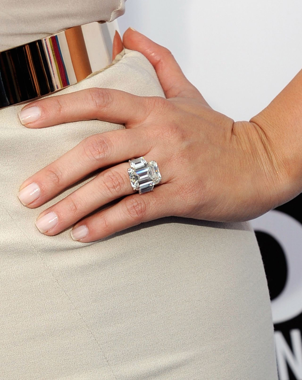 wedding ring prices Melania Trump s 15 Carat Emerald cut ring is huge but tasteful