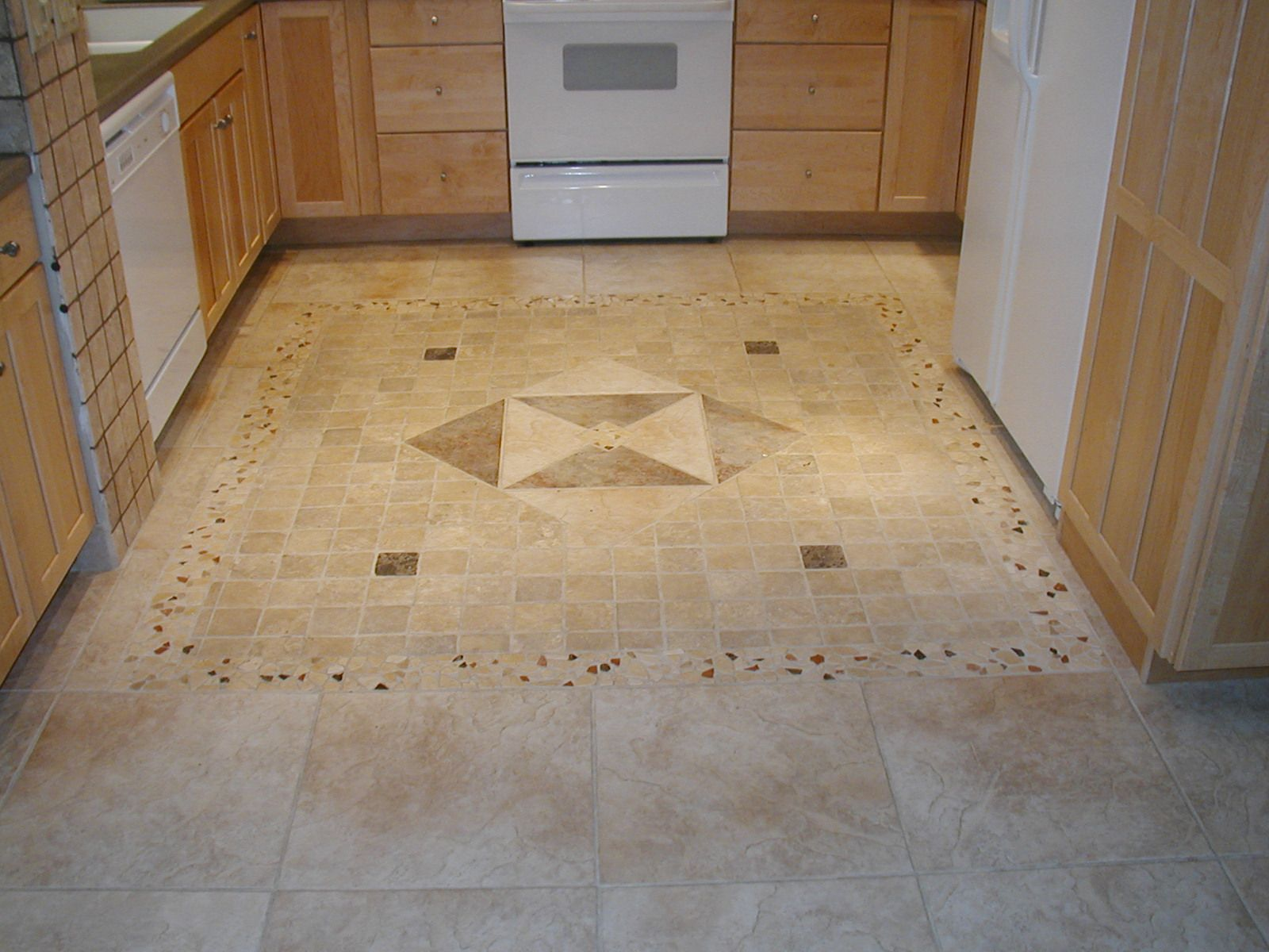 floor designs kitchen tile floors Maybe a desing in the middle of the kitchen like this kitchen floor porcelain tile