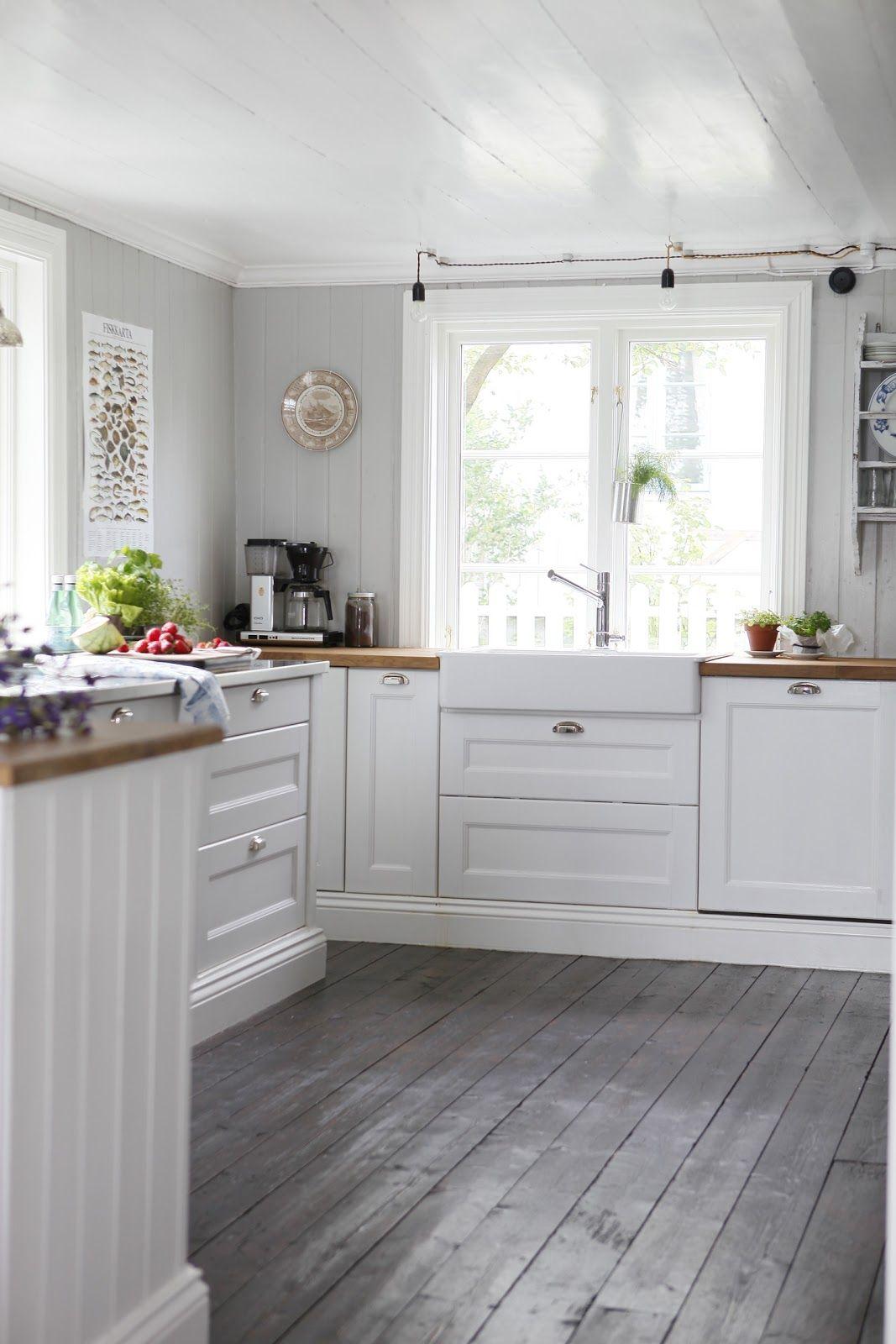 gray kitchen floor Planks