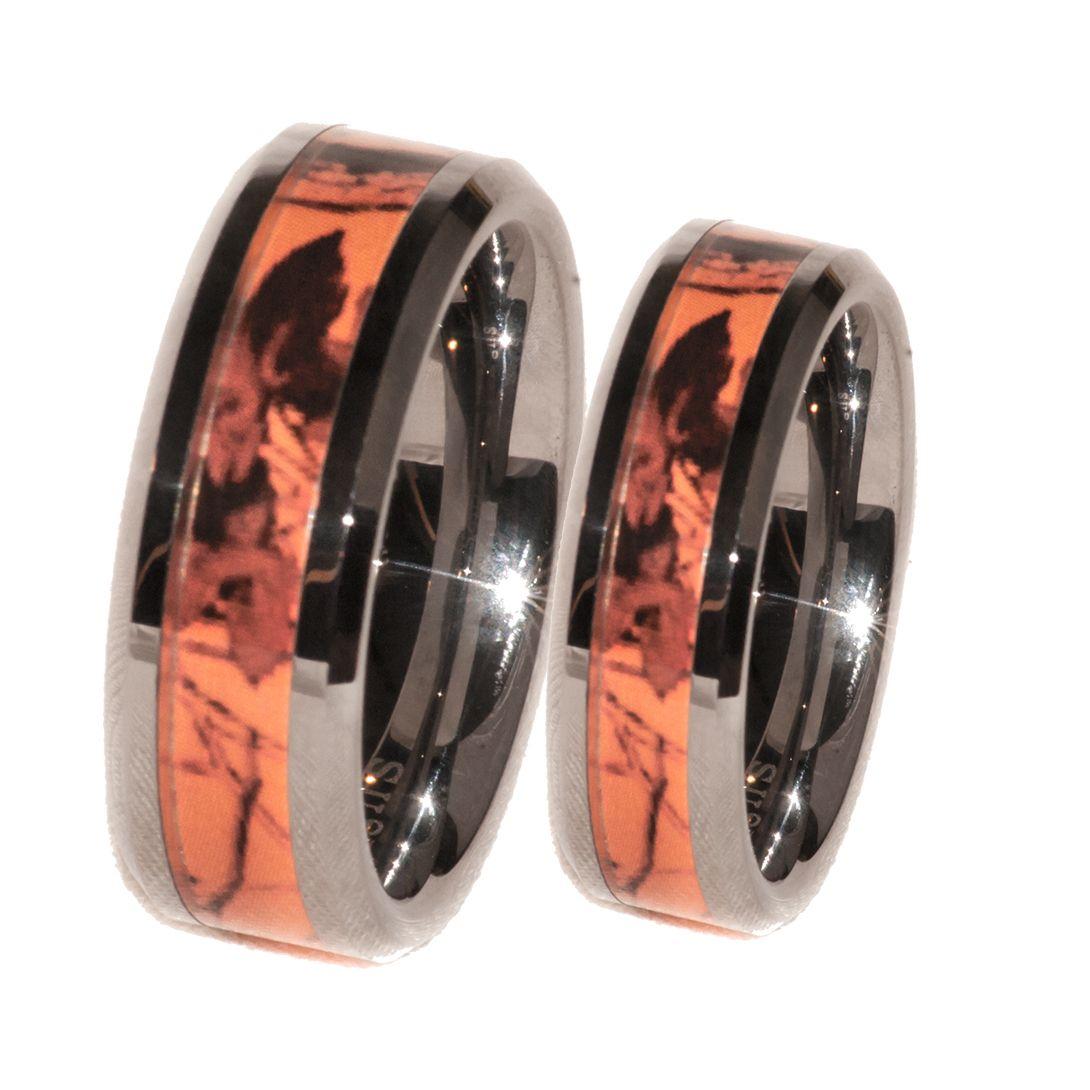 deer wedding bands Southern Sisters Designs Copy of Orange Camo Band Couples Ring Set 41 95 http