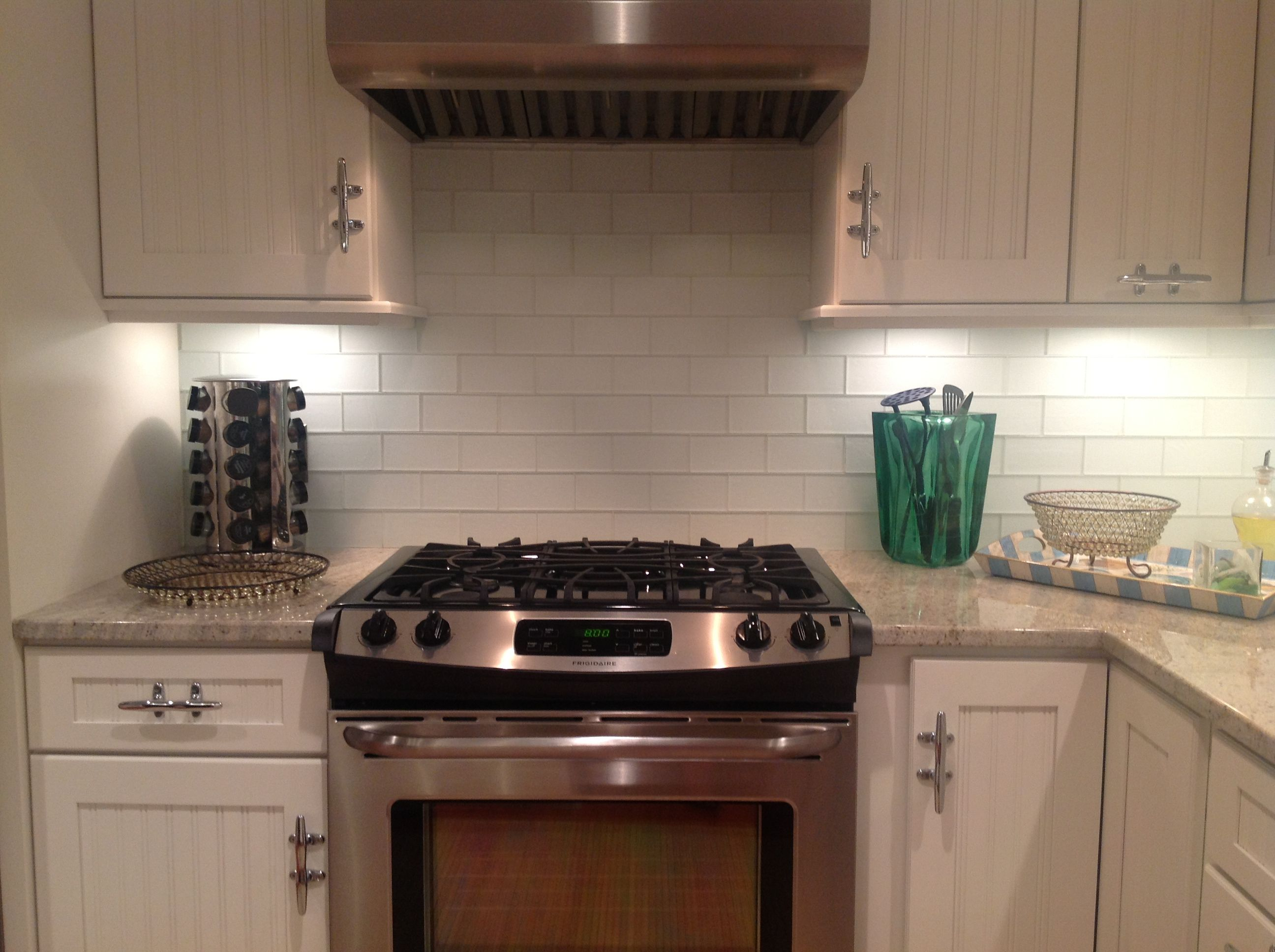 frosted glass tile kitchen kitchen backsplash tiles Frosted White Glass Subway Tile