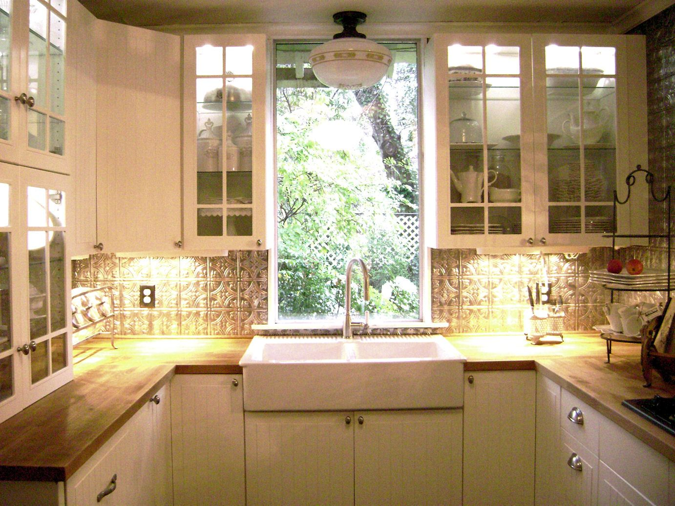small remodeled kitchens small kitchen remodels 17 best images about kitchen on pinterest modern kitchen cabinets small kitchens and cabinets