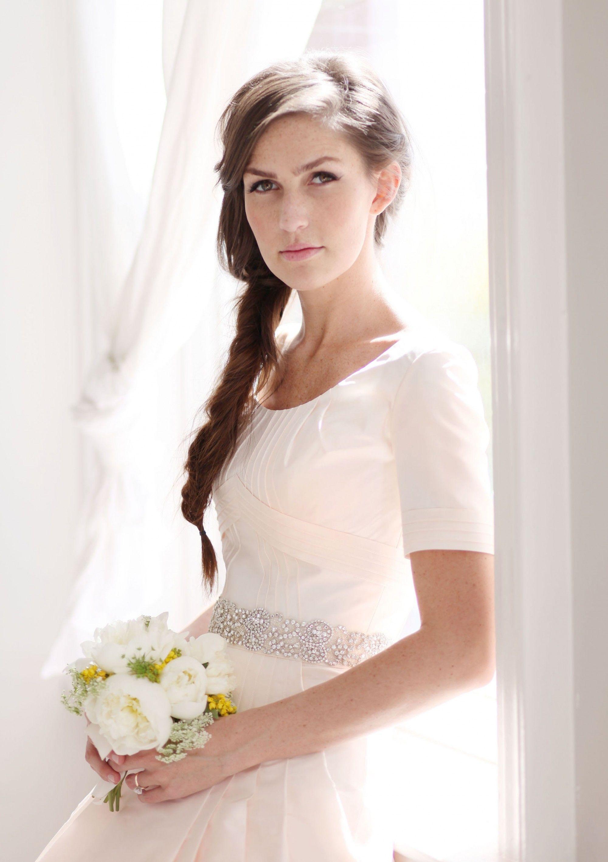 modest wedding dresses modest wedding dresses modest wedding dress anne barge modest wedding dress vintage mansion