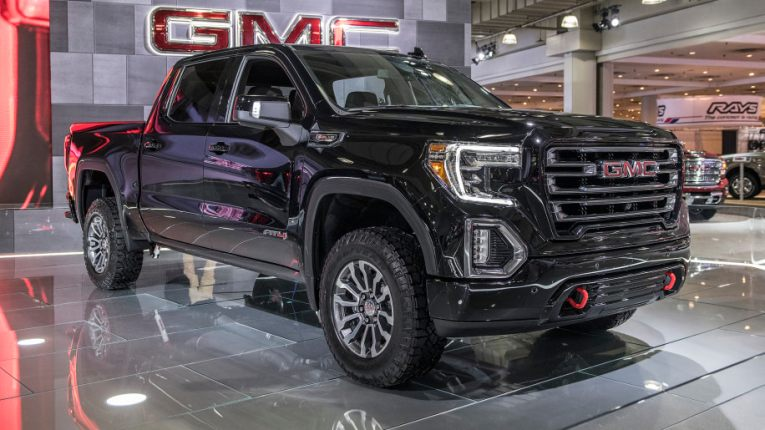 2019 GMC Sierra AT4 off road package revealed in New York City     slide 7289769