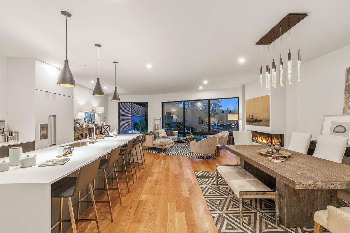 Incredible A Kitchen Island Room At Duncan Waterfall Reimagined Noe Valley Features A Gas Fireplace Noe Valley Enjoys Downtown What Is A Good Roommate What Is A Good Room Humidity houzz-03 What Is A Great Room