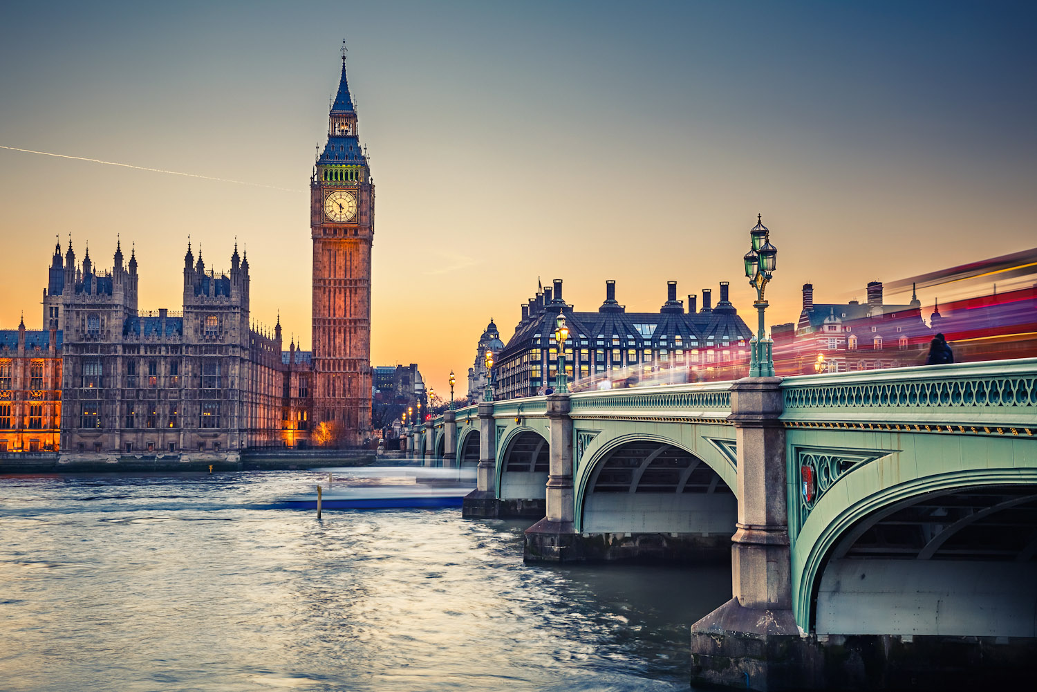 2  London   World s Most Incredible Cities   International Traveller London     World s Most Incredible Cities