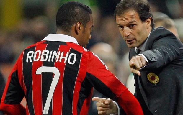 Allegri e Robinho, Milan x Napoli (Foto: Reuters)  Santos tenta parcelar pagamento e fechar com Robinho nesta semana massimilianoallegri robinho reu 15