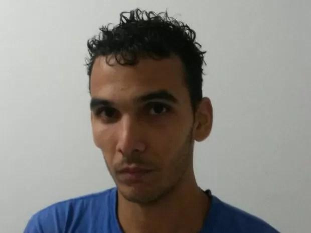 Homem foi preso acusado de estuprar mulher em Juquiá (Foto: G1)