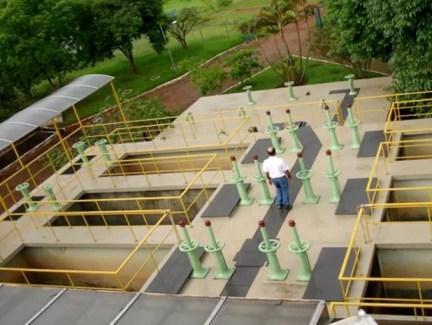 Estação de tratamento de água do Lago Sul, que abastece o Jardim Botânico e Mangueiral, no DF (Foto: Marco Peixoto/Caesb/Divulgação)