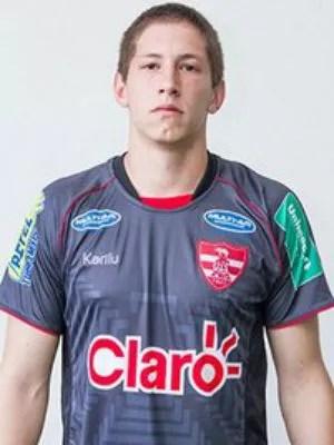 Um dos sobreviventes, o goleiro Jackson Follman, jogou no Linense no ano passado (Foto: Divulgação/Linense)