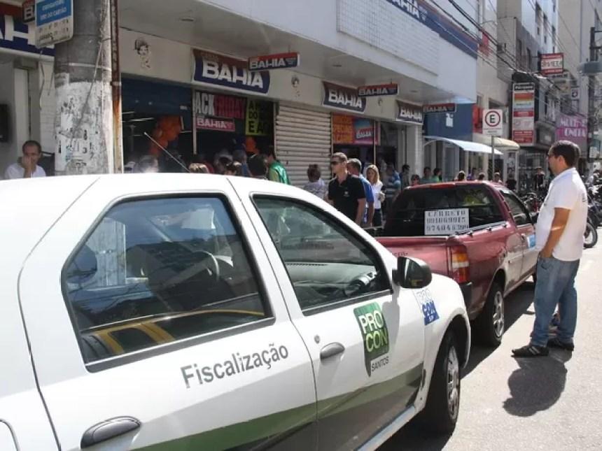 Procon autuou lojas no Black Friday (Foto: Ronaldo Andrade/Prefeitura de Santos)