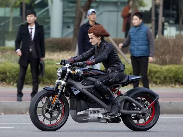 Moto inédita da Harley-Davidson aparece em -Os Vingadores 2-