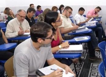 Concurso público atrai candidatos por causa da estabilidade (Foto: Reprodução/TV Liberal)