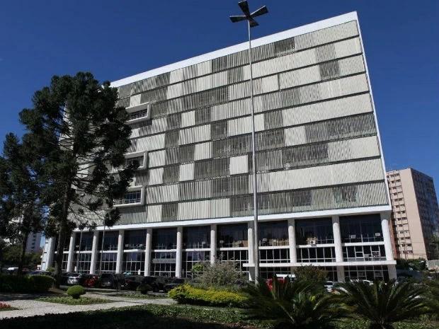 De acordo com projeto apresentado pelo TJ-PR, aquisição de livros é indispensável (Foto: Divulgação/ TJ-PR)