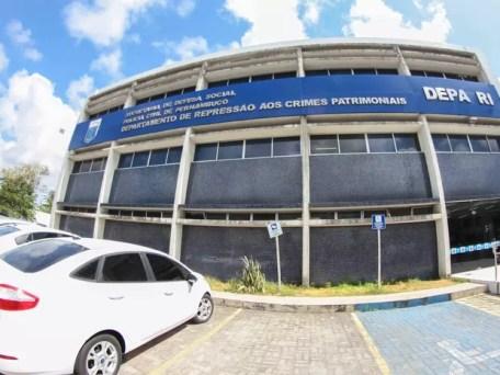 Sede do Depatri (Foto: Marlon Costa/Pernambuco Press)