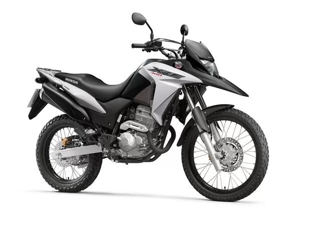 Honda XRE 300 2016 muda pouco e fica menos potente