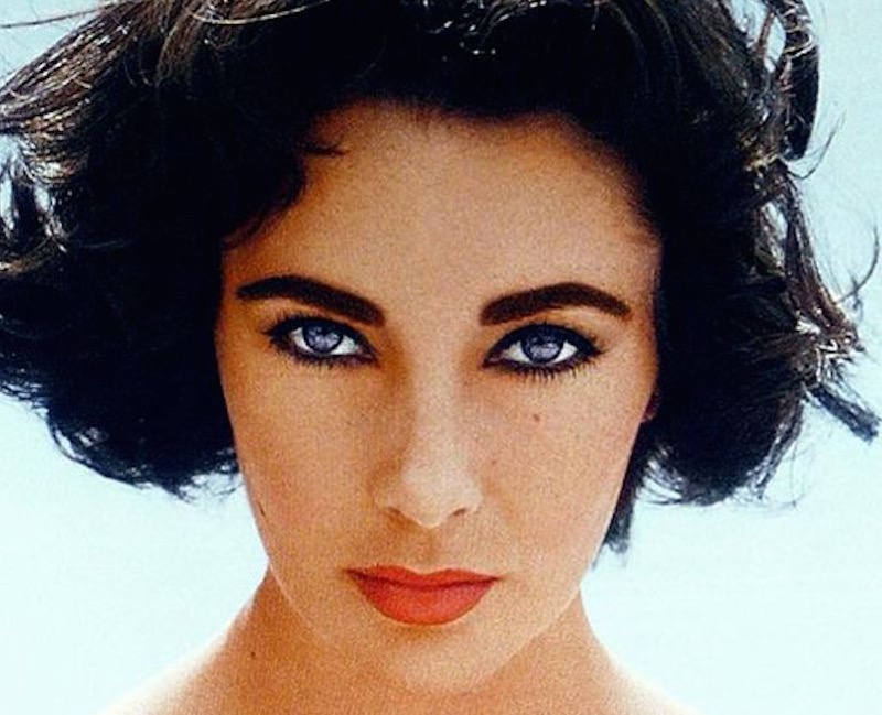 Bianco degli occhi: ecco il segreto di bellezza alla portata di tutte di cui non ci eravamo accorte!