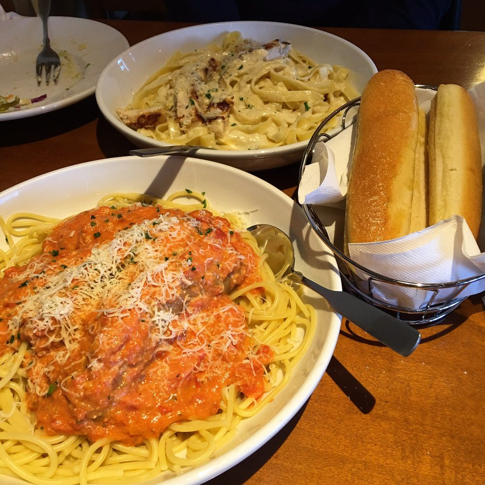Captivating Soup Or Salad Photo Olive Garden Italian Restaurant United Right Promo Right Now Breadsticks Soup Or Salad Soup Or Salad Prices nice food Soup Or Salad