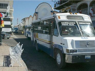 Los autobuses actuales serán sustituidos por otros que operan con gas natural. Foto: El Informador.