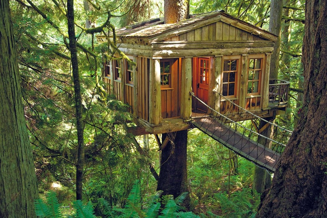 Glamping Treehouse Point Day