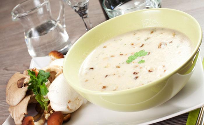 Vegan-Cream-of-Mushroom-Soup