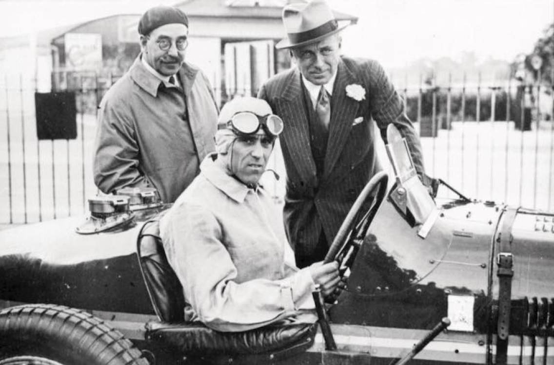 Tazio Nuvolari in Bugatti Type 51, chassis 51121, with Earl Howe (right) and Hugh McConnell, Brooklands scrutineer (left). (photo: Courtesy of The Brooklands Society)