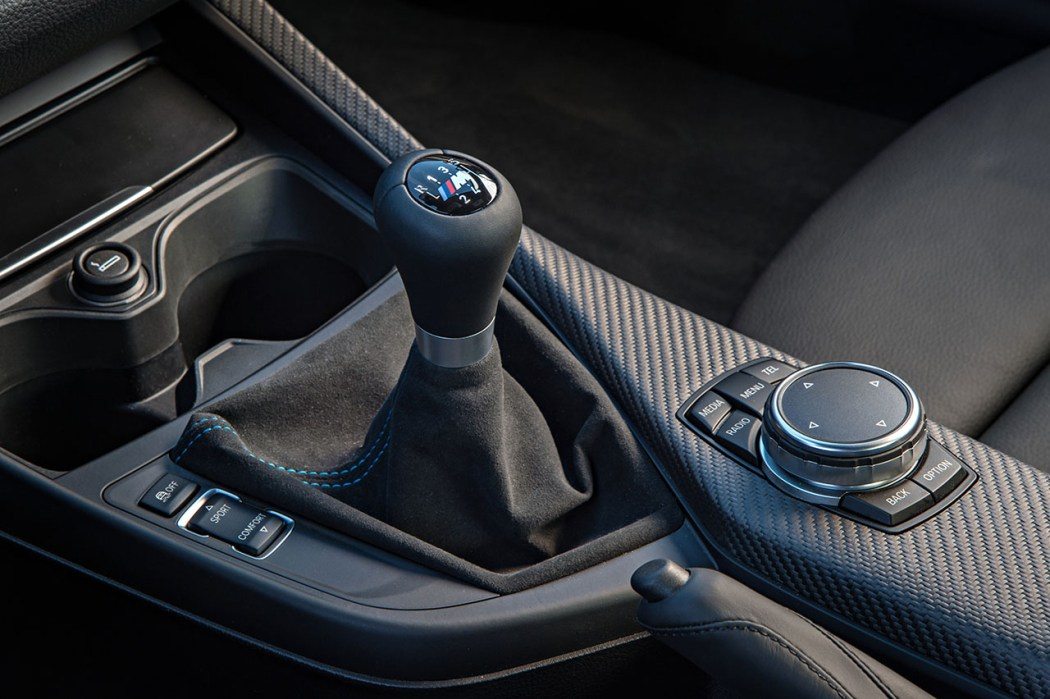 The M2's manual is an iteration on the M3 and M4's which itself was an iteration of the one found in the 1M.