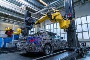 BMW Debuts Virtual All New 2017 5 Series