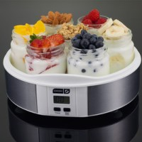 Dash Seven-Jar Yogurt Maker $27 Shipped (Save 55%)