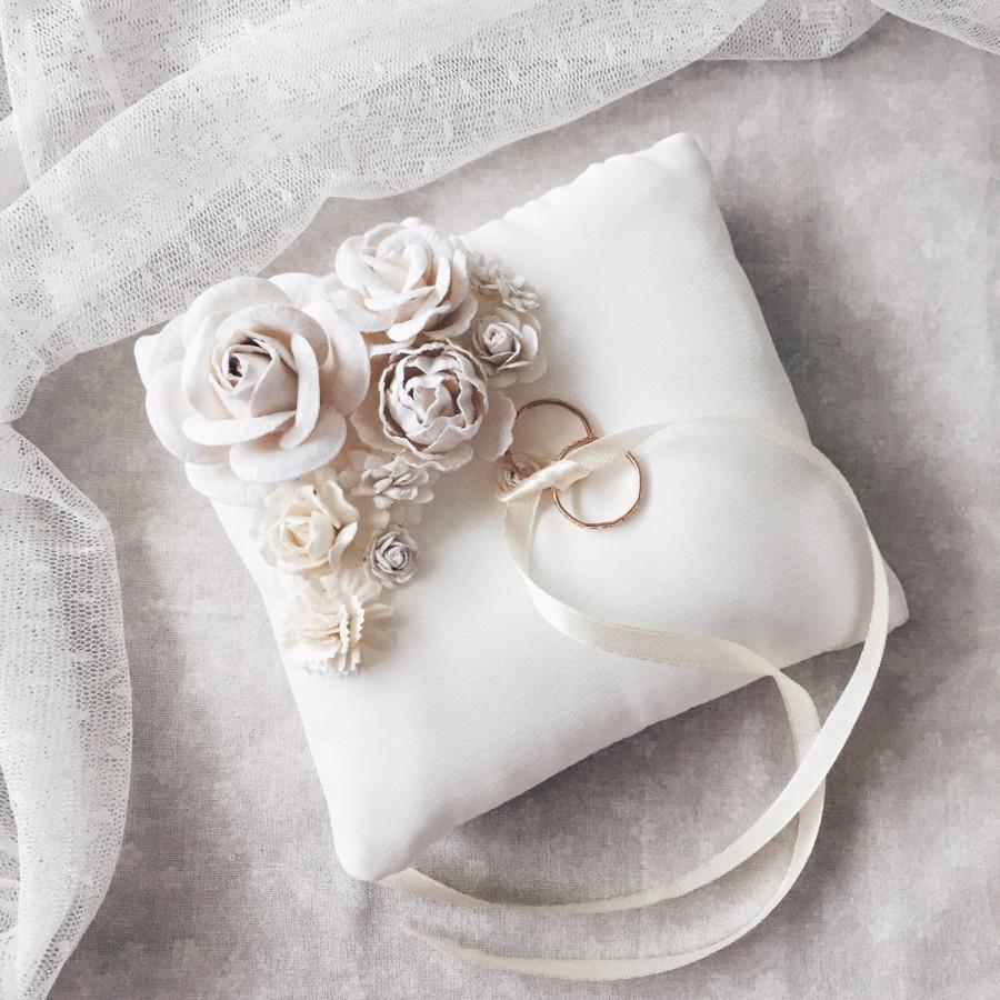 wedding ring holder Anthropologie Weddings squeal Silvery Seashell Ring Holder in D cor Keepsakes at BHLDN