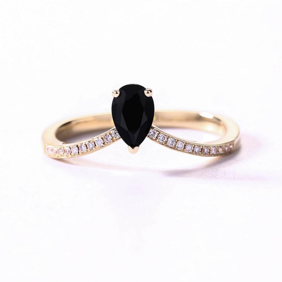 australian opal inlay and black onyx inlay 14k gold ring black onyx wedding ring Product Description