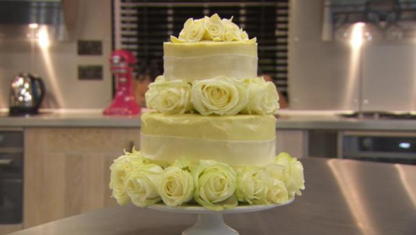 white_chocolate_wedding_01746_16x9-2