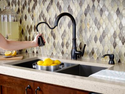 ct:r bronze kitchen faucet Tuscan Bronze Wheaton 1 Handle Pull Down Kitchen Faucet F